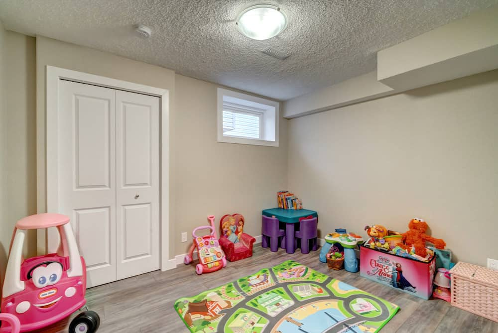 basement-kids-room